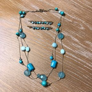 WOMEN'S TURQUOISE BEADED NECKLACE & BOBBY PINS